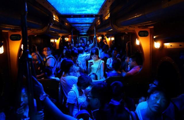 nodo brilla en la oscuridad celebrando los 10 años de los datos móviles (© Brian Yen/National Geographic Photo Contest).